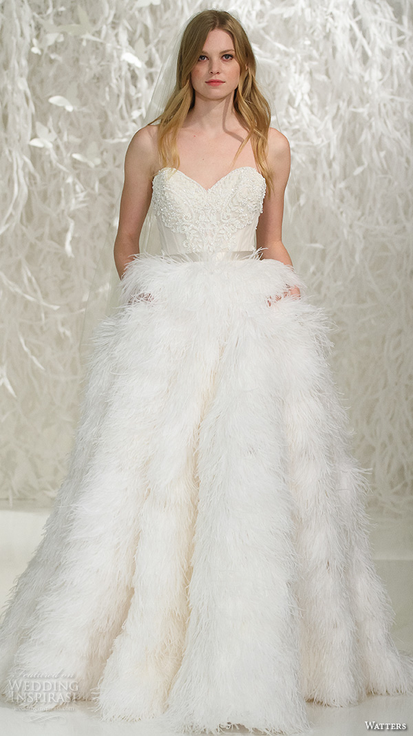 Sweetheart Feather Wedding Dress