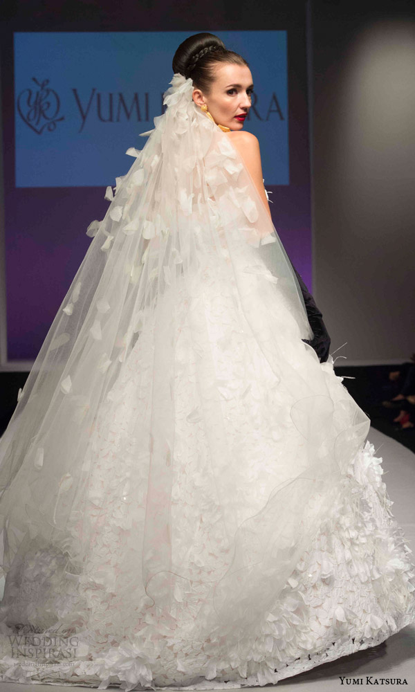 Kimono Wedding Dresses 21 Marvelous yumi katsura bridal fall