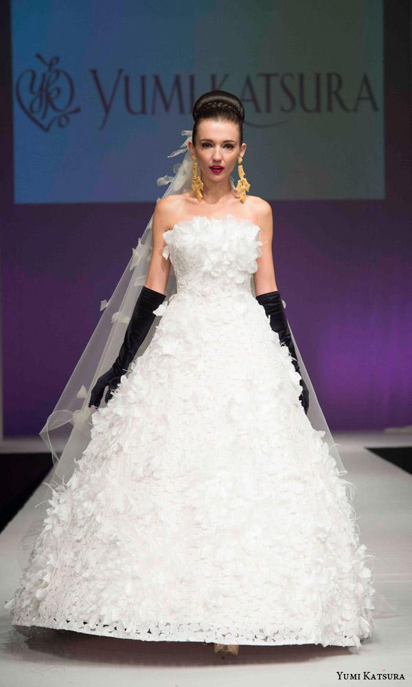 Wedding Dress With Red 53 Nice yumi katsura bridal fall