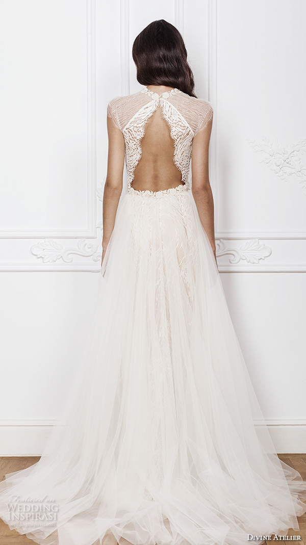 Divine atelier 2016 wedding dresses wedding inspirasi for Sheath wedding dress with cap sleeves