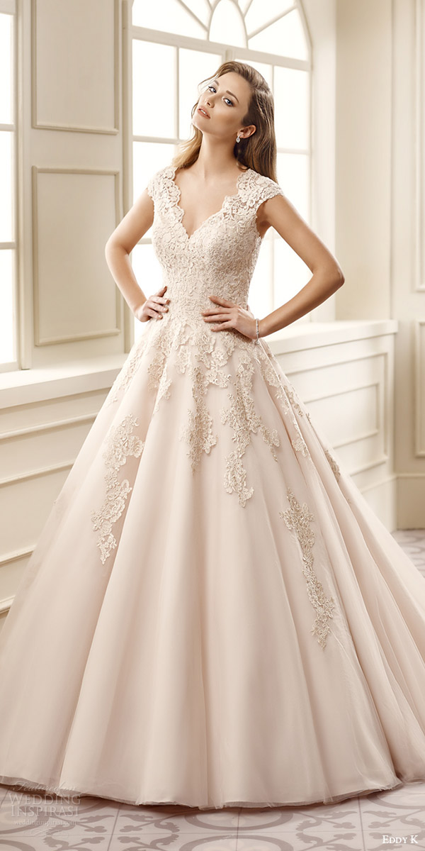 Champagne colored bridesmaid dresses with sleeves for Champagne color wedding dresses