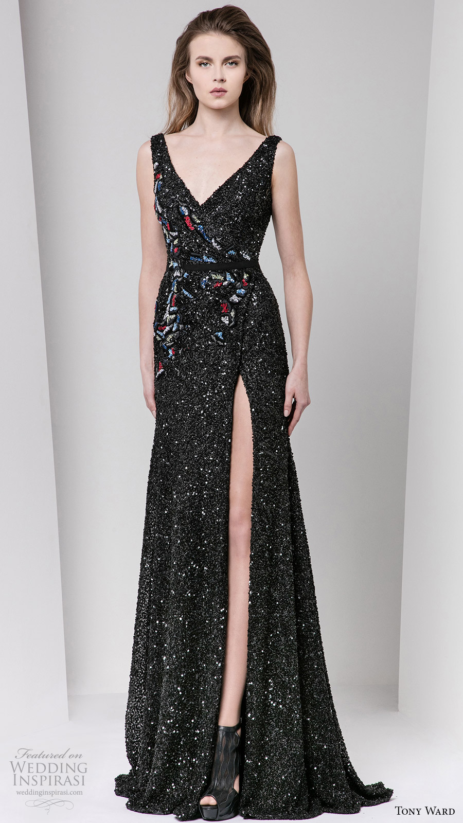 tony ward fall 2016 rtw sleeveless v neck beaded trumpet gown slit black multi color