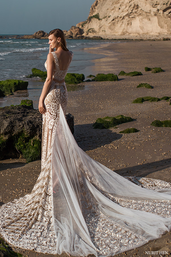 Nurit hen royal couture wedding dresses wedding inspirasi for Wedding dress with illusion top