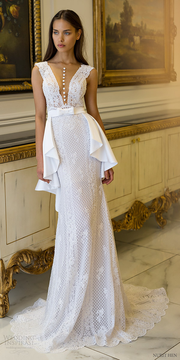 Couture Wedding Dress 39 Simple nurit hen sleeveless deep
