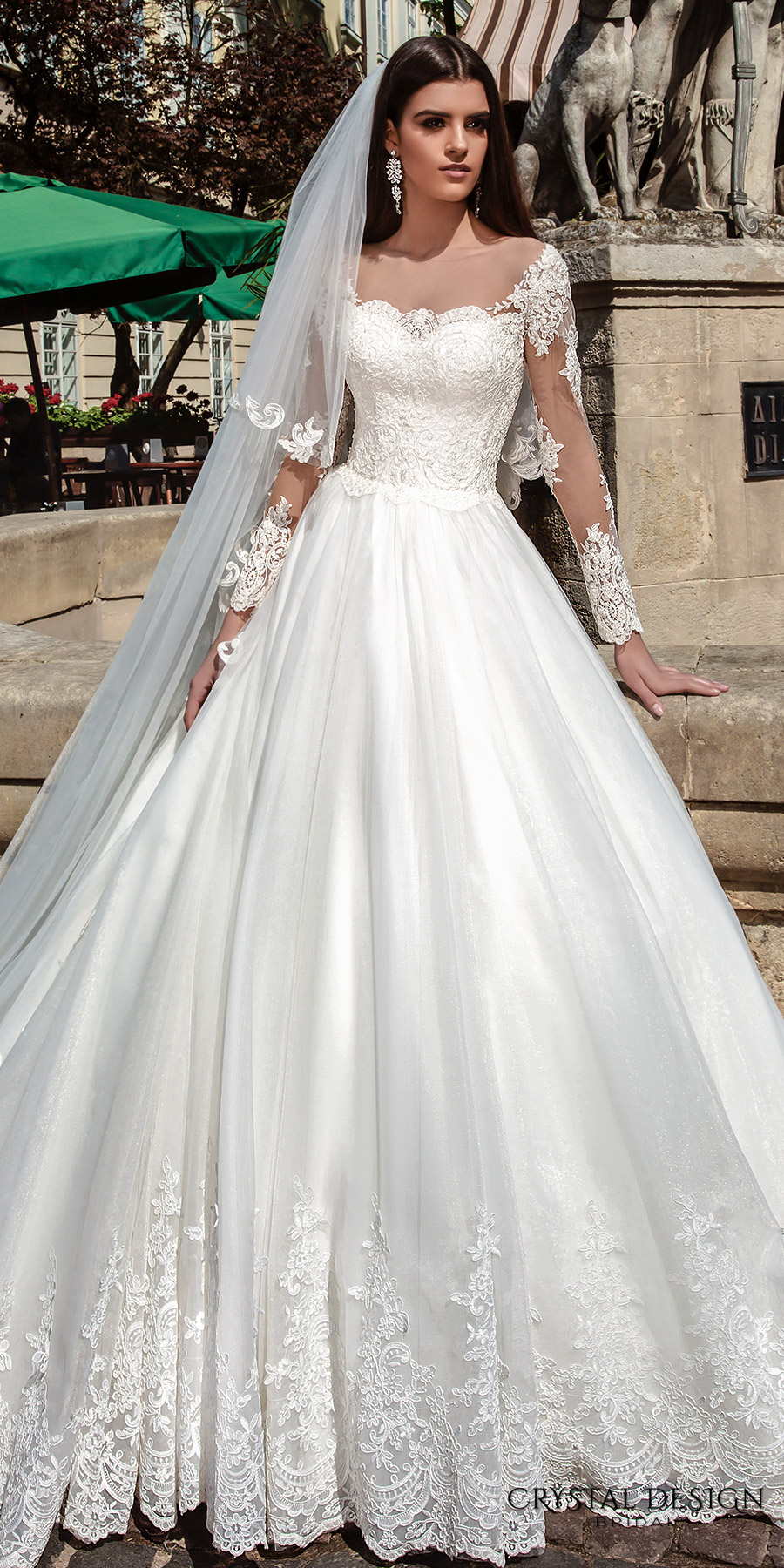 Crystal design 2016 wedding dresses wedding inspirasi for Long straight wedding dresses