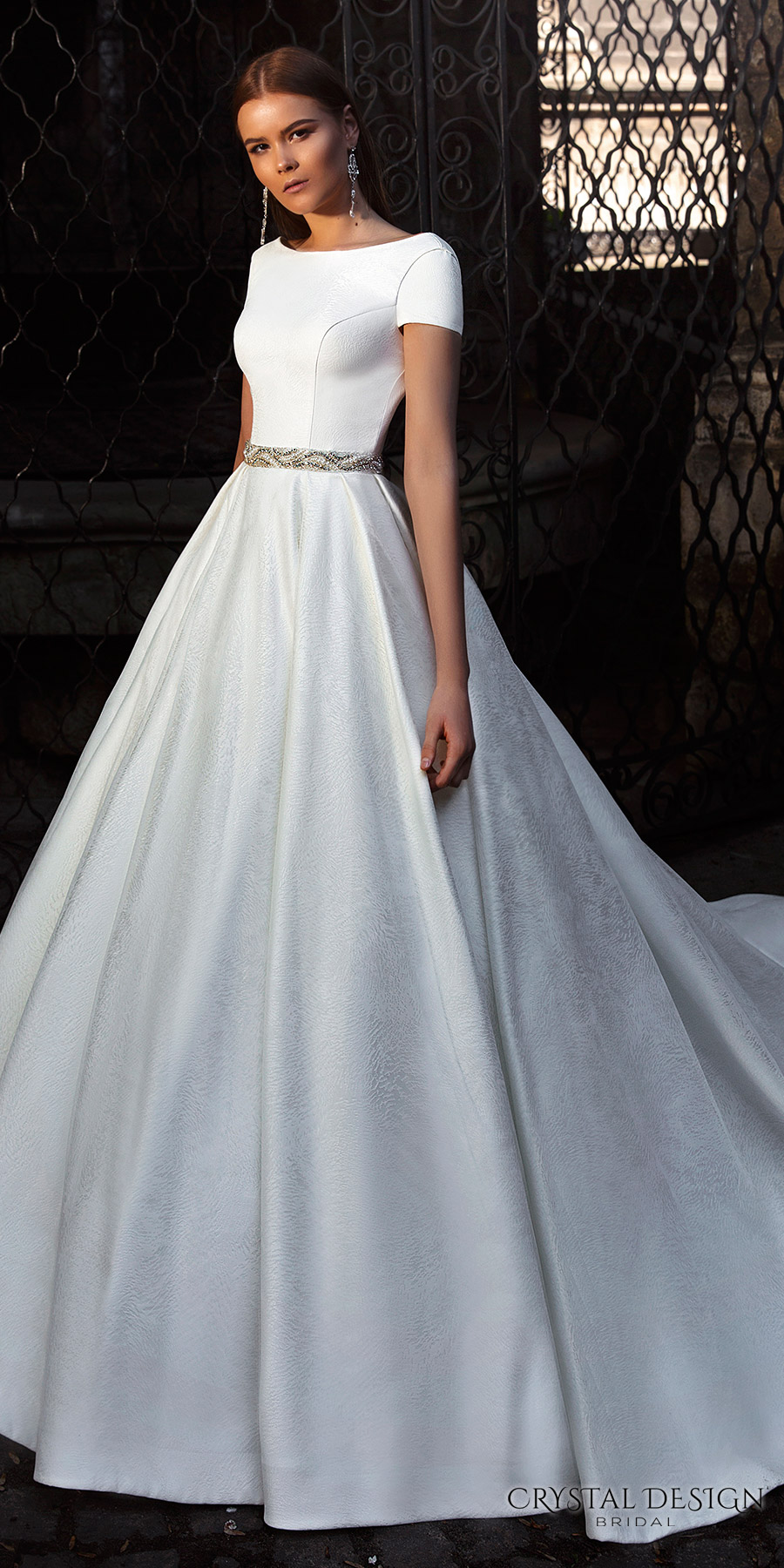 Ball Gown Wedding Dresses With Short Sleeves : Crystal design wedding dresses inspirasi
