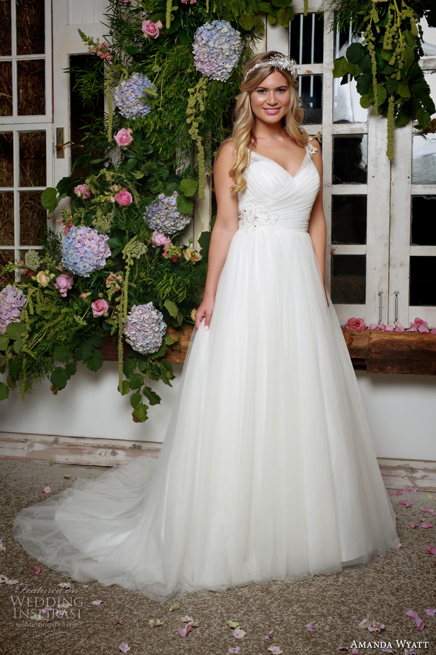 amanda wyatt 2017 bridal sleeveless v neck ruched bodice pretty romantic ivory color a  line wedding dress illusion back sweep train (north) mv