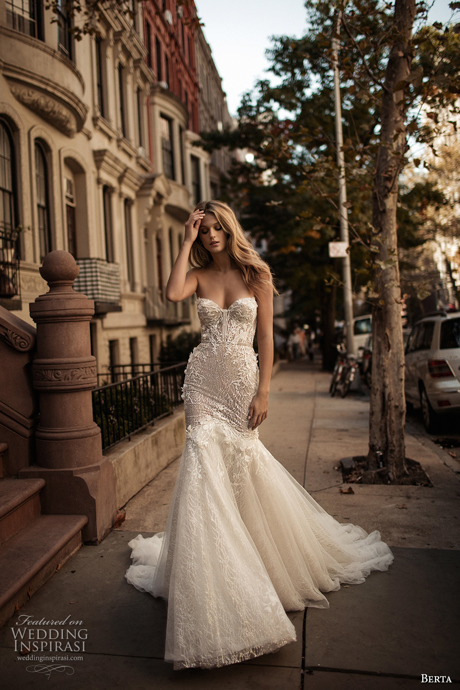 berta fall 2017 bridal strapless sweetheart neckline bustier heavily embellished bodice romantic sexy mermaid wedding dress long train (007) mv