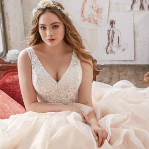 morilee julietta spring 2017 bridal plus size wedding inspirasi featured collection dresses gowns