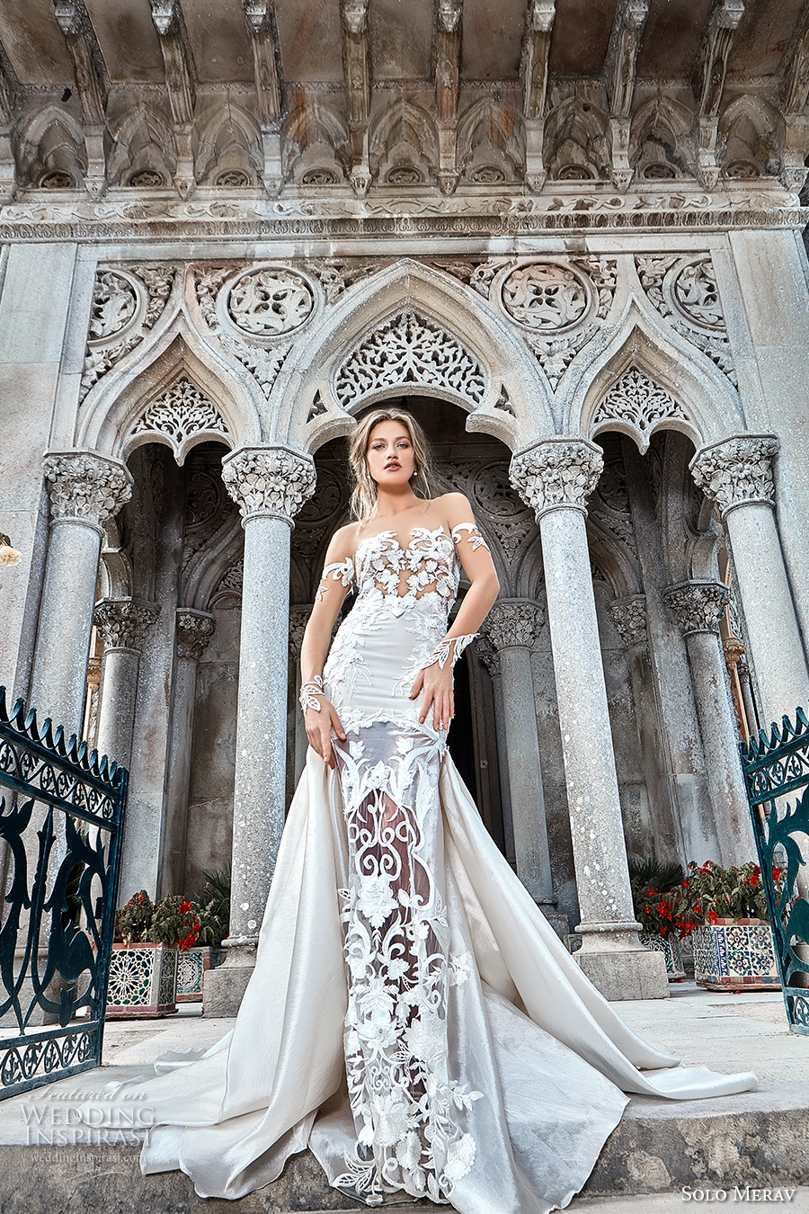 Solo merav 2017 wedding dresses games of lace bridal for Wedding dress with overskirt