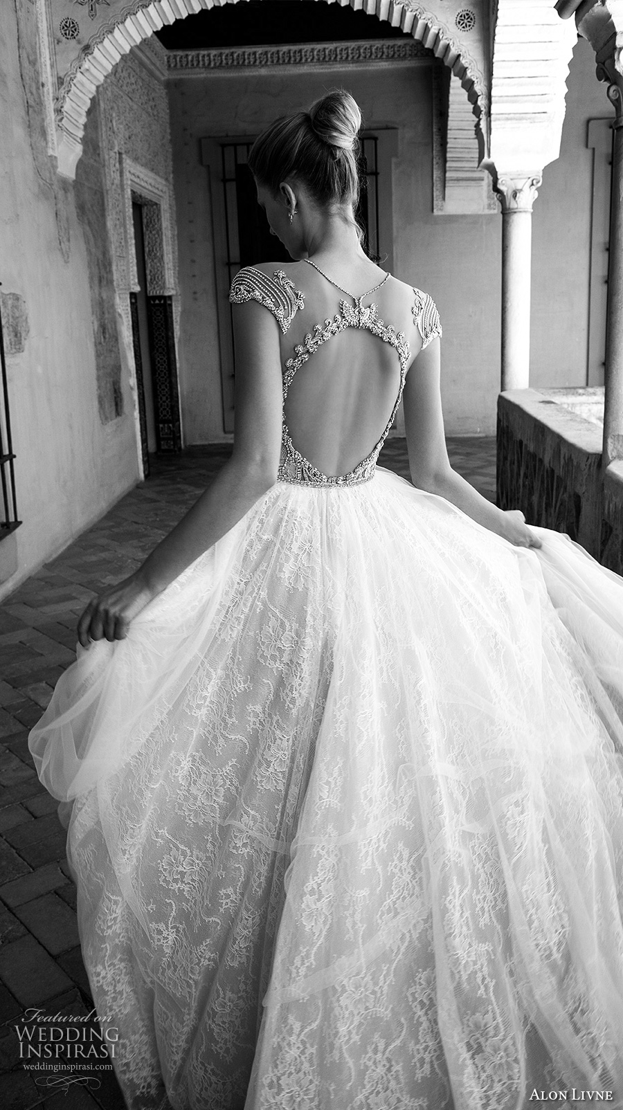 alon livne 2017 bridal cap sleeves illusion jewel neckline keyhole heavily embellished bodice lace skirt romantic sexy a  line wedding dress keyhole back (terri) zbv