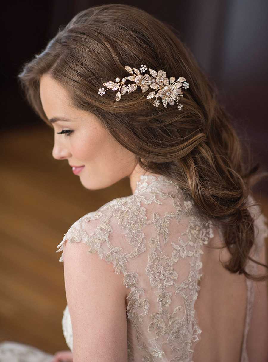 bel aire bridal accessories gilded hairpiece metal flower leaves 6672 klk photography ebell wedding shoot hair zbv