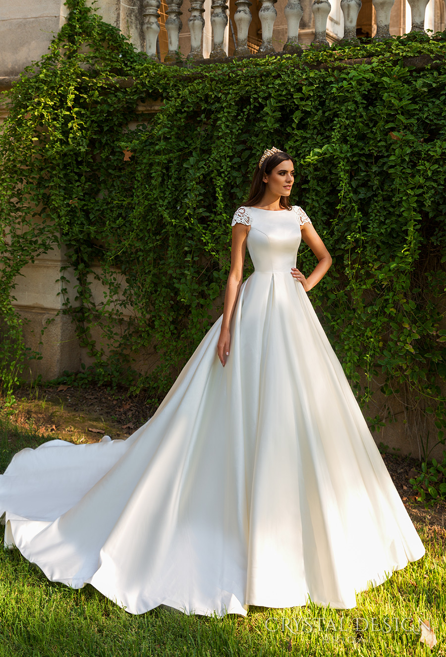 Simple And Classic Wedding Gowns