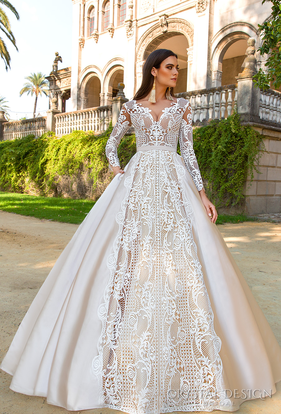 Glamour Wedding Gowns with Sleeves
