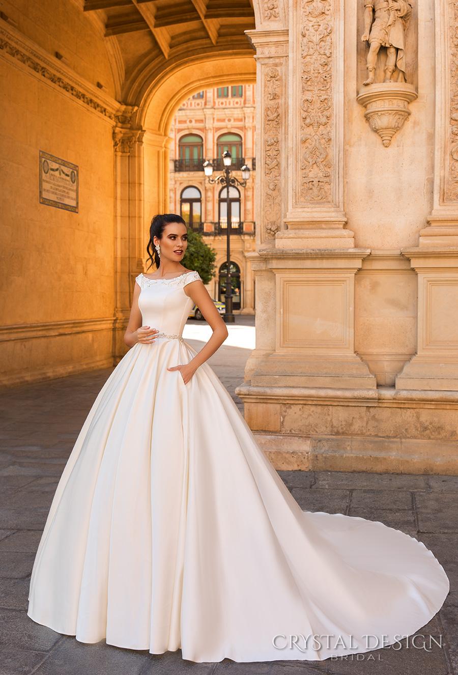 Clic And Elegant Wedding Dresses Unique Ideas