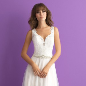 2017 wedding dress trends romantic silhouettes details embellishments allure romance