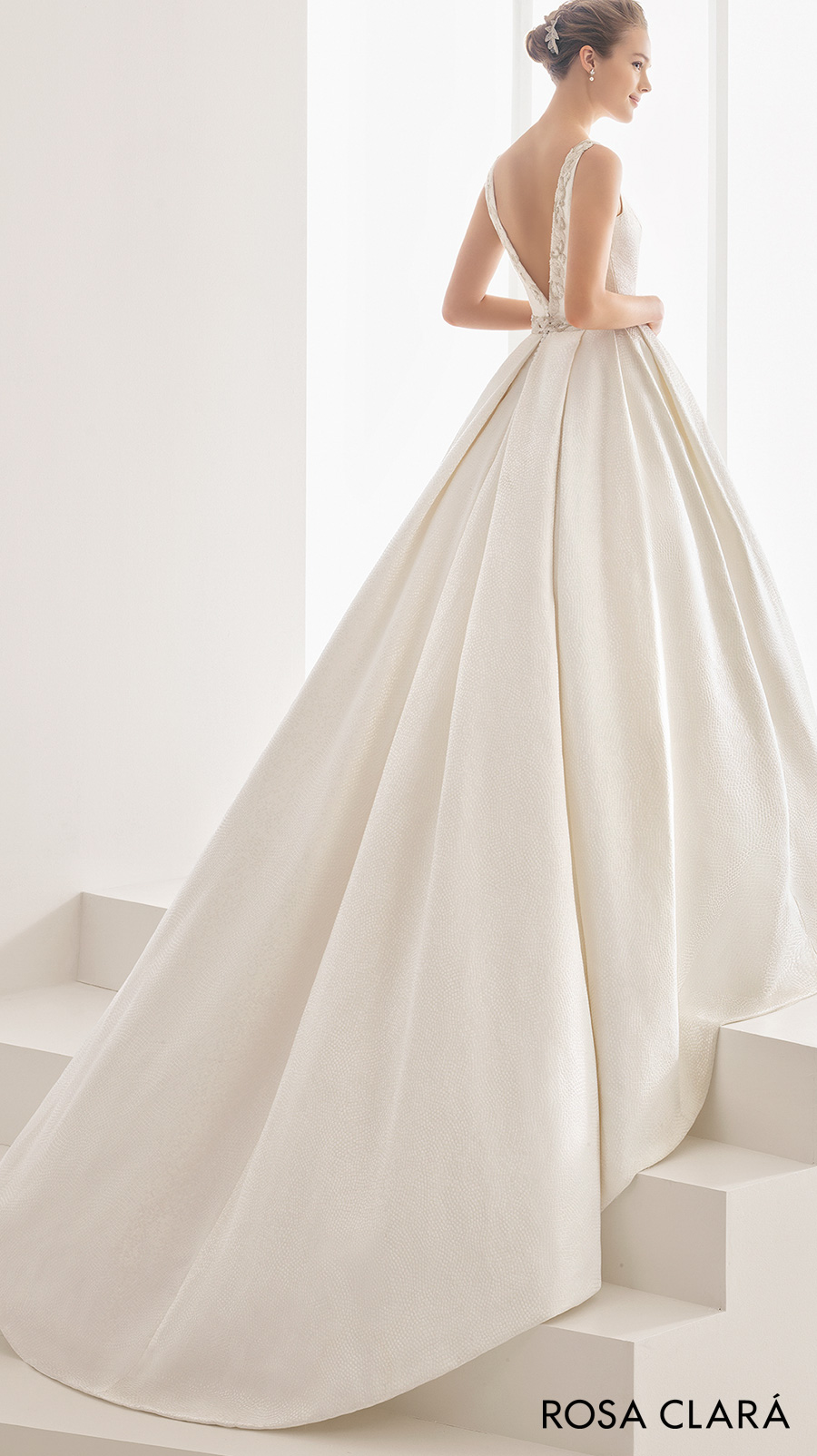 rosa clara 2017 bridal sleeveless bateau neck full embellishment conservative classic ball gown wedding dress pockets low v back chapel train (namibia) bv