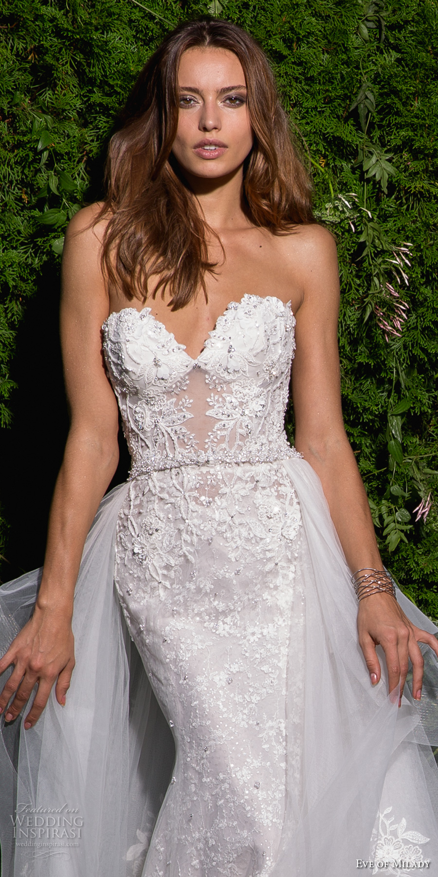 eve of milady spring 2017 bridal strapless sweetheart neckline full embellishment elegant sexy fit and flare wedding dress open back long train (4358) zv