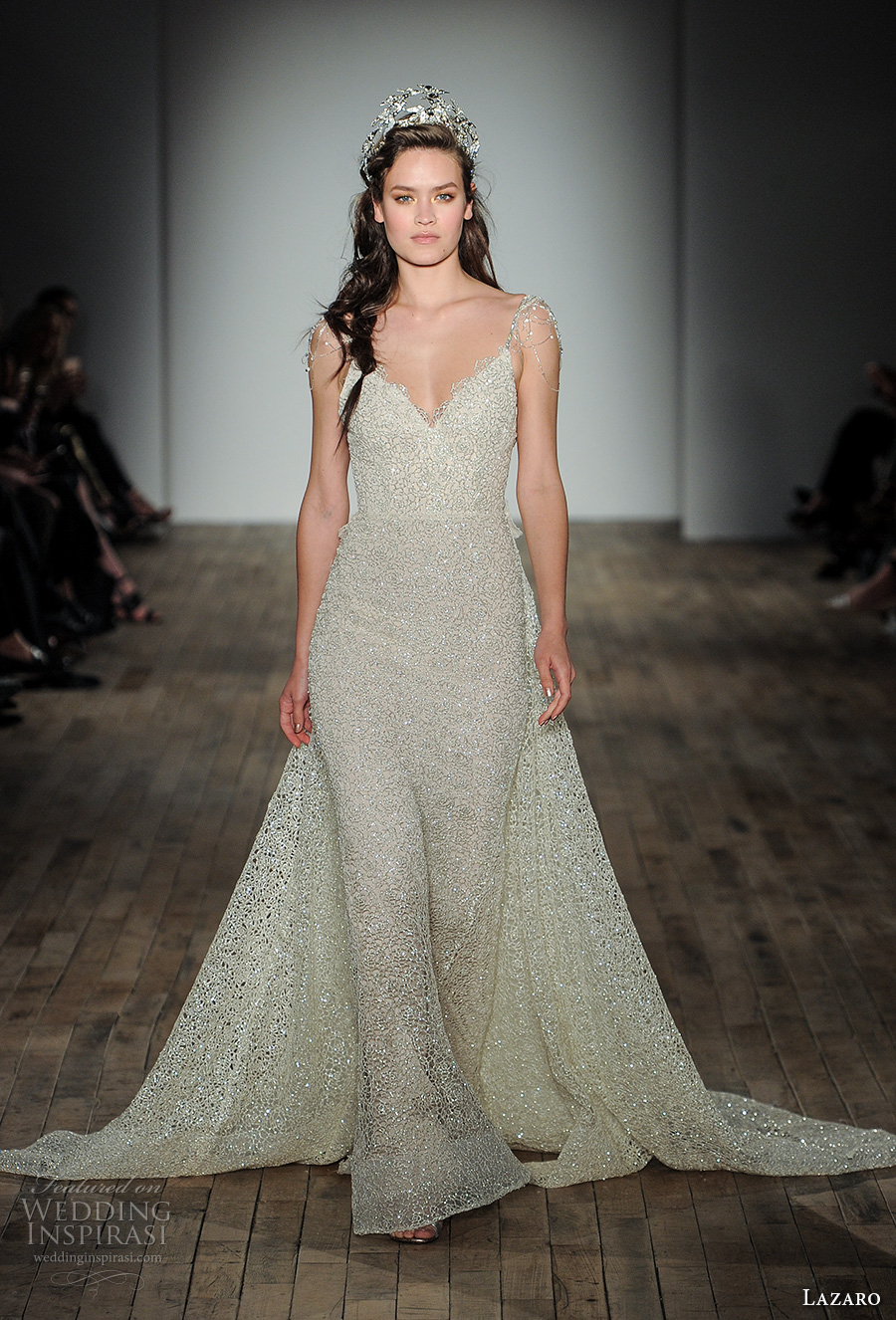 Lazaro Fall 2017 Wedding Dresses New York Bridal Fashion Week Runway Show Wedding Inspirasi
