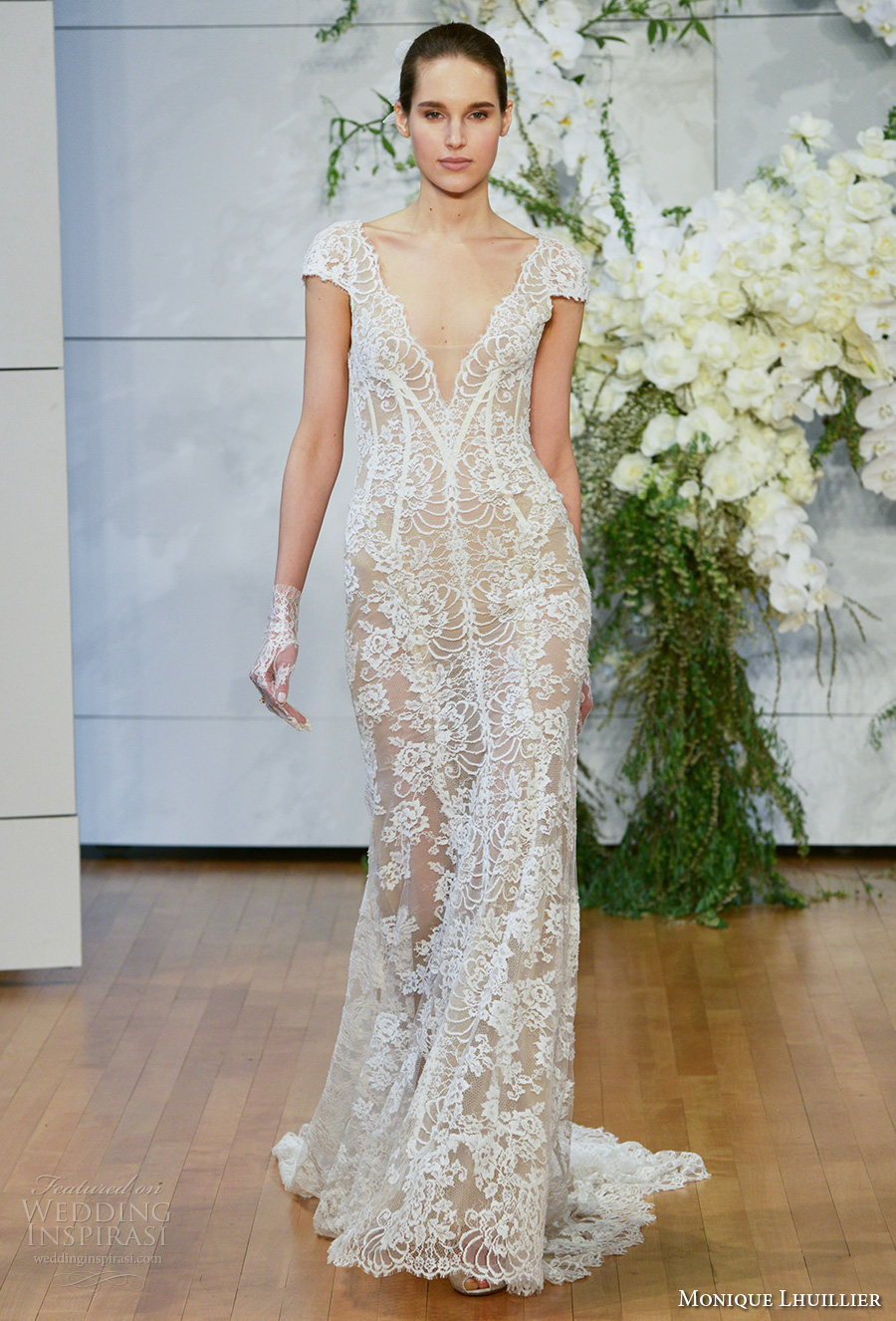 Monique lhuillier spring 2018 wedding dresses new york for Monique lhuillier wedding dress