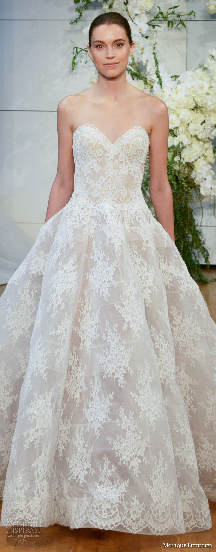 monique lhuillier spring 2018 bridal strapless sweetheart neckline full embellishment lace romantic princess ball gown wedding dress royal train (alexandra) zv
