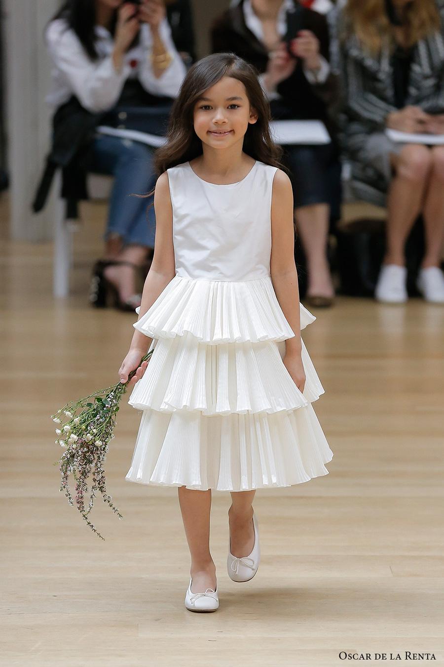 oscar de la renta spring 2018 bridal pretty flower girl dress (102) mv