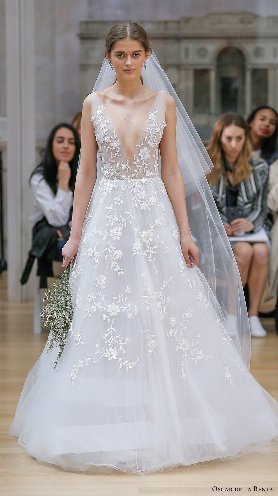Oscar de la renta spring 2018 wedding dresses new york bridal oscar de la renta spring 2018 bridal sleeveless deep v neck full embellishment beautiful romantic a junglespirit Choice Image