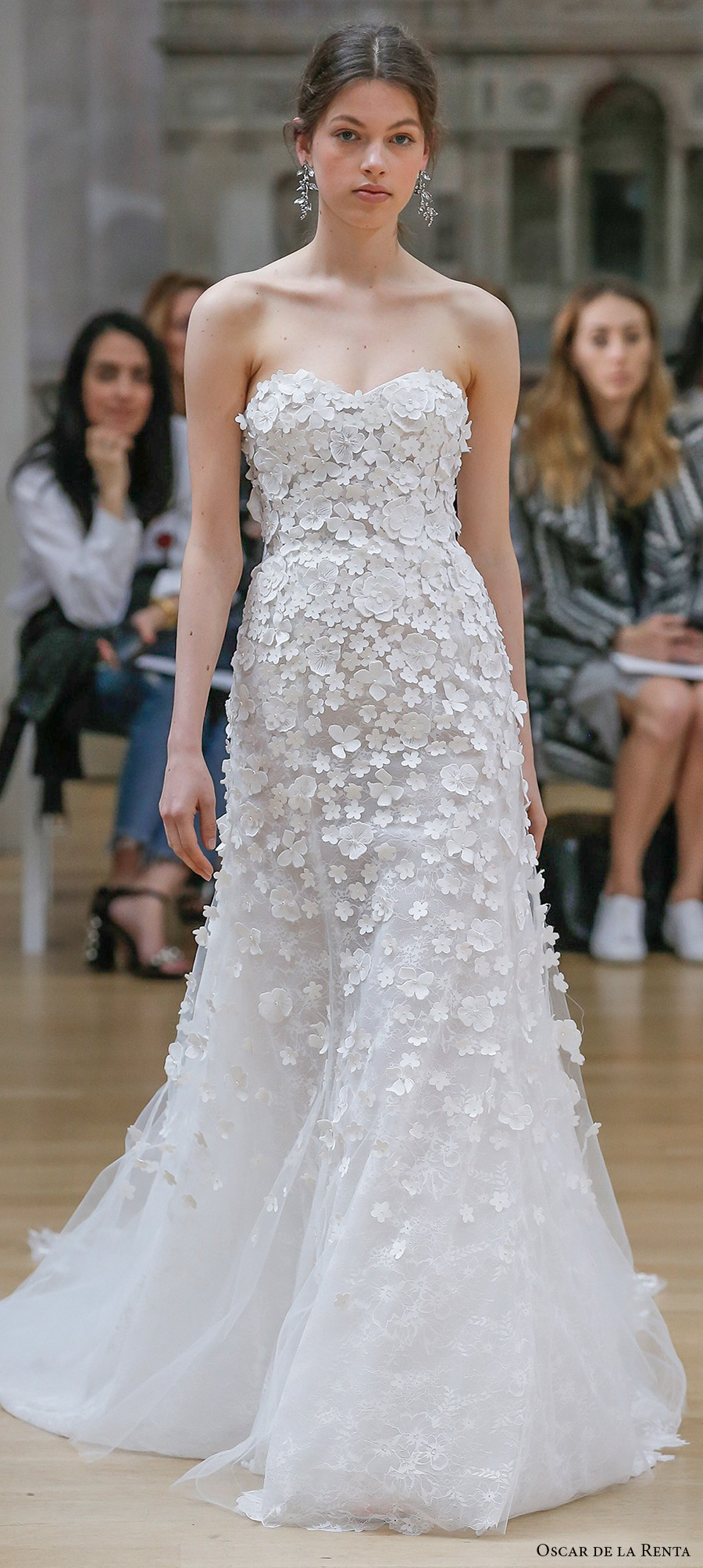 oscar de la renta spring 2018 wedding dresses new york