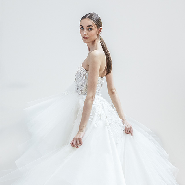 Oscar De La Renta Spring 2017 Wedding Dress Collection: Wedding Dresses, Cakes, Bridal