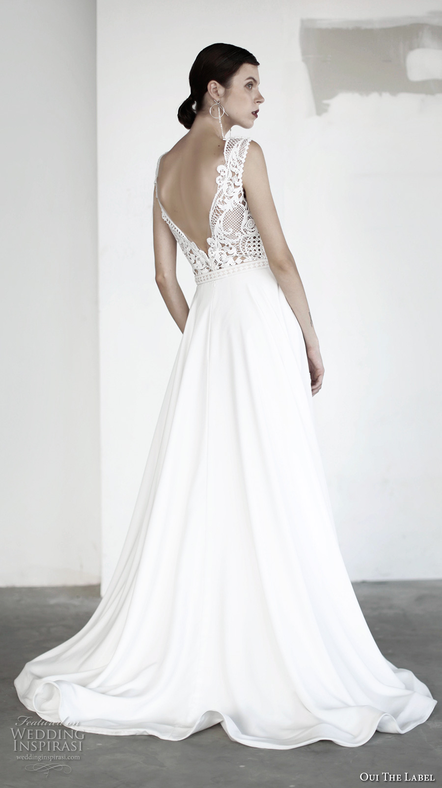 oui the label 2017 bridal sleeveless deep v neck heavily embellished bodice romantic sexy a line wedding dress open v back chapel train (12) bv