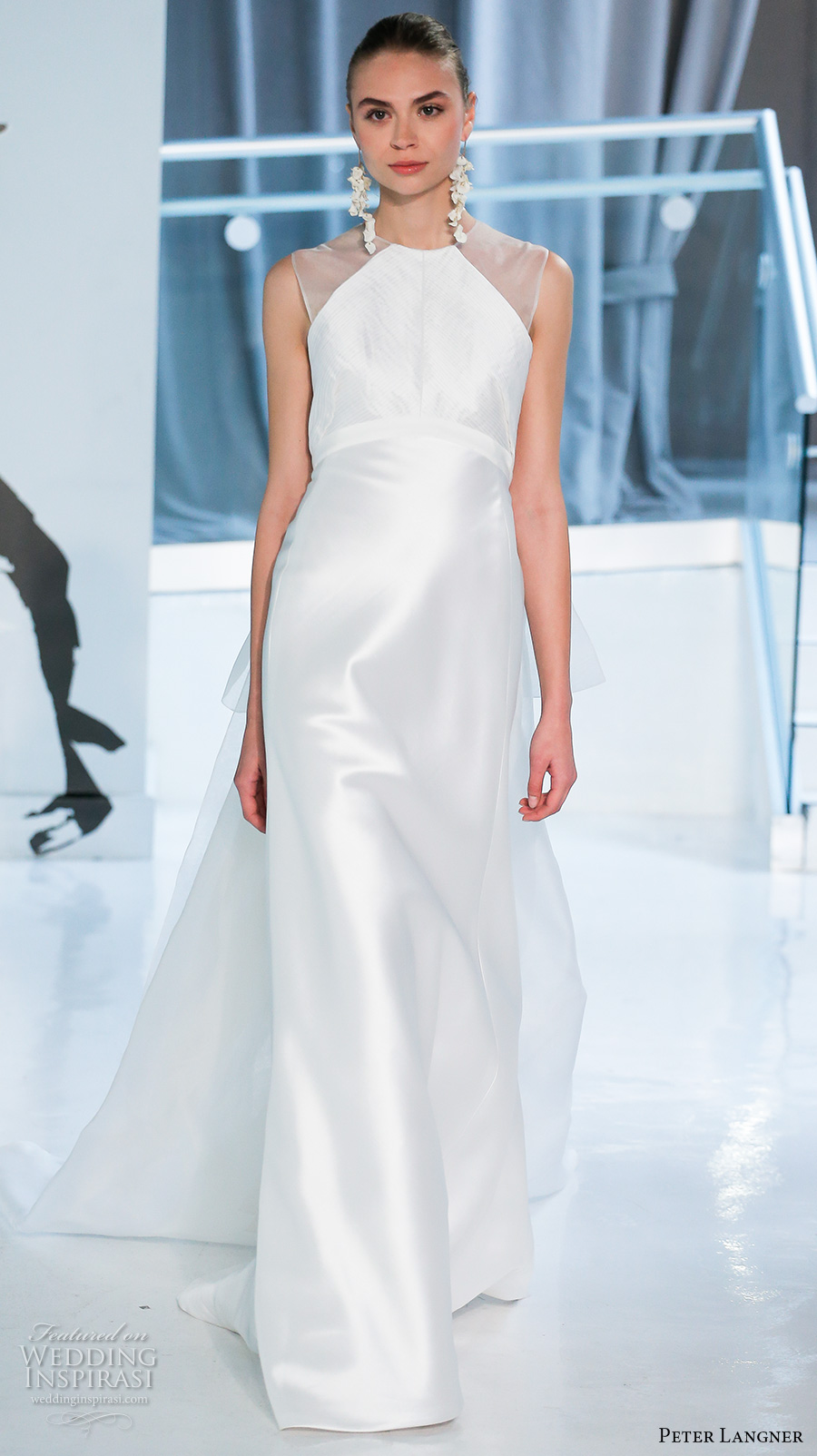 peter langner spring 2018 bridal sleeveless illusion jewel halter neck simple clean satin elegant sheath wedding dress sheer back chapel train (04) mv