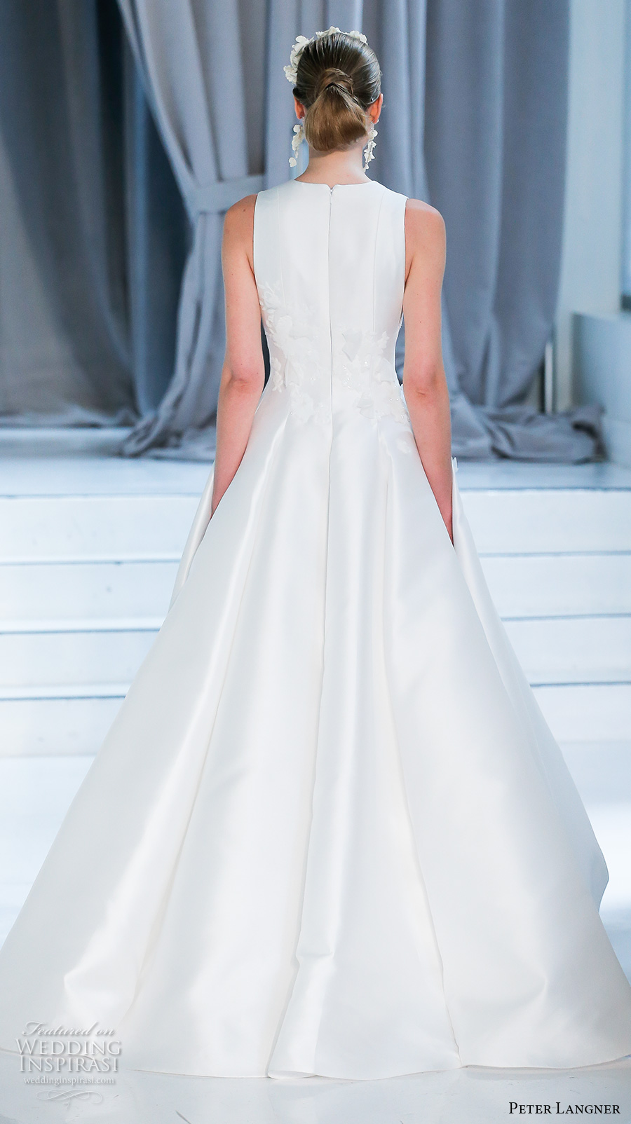 peter langner spring 2018 bridal sleeveless jewel slit neck light embellished bodice romantic elegant a  line wedding dress covered back sweep train (02) bv