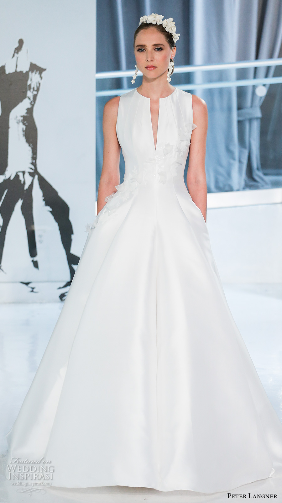 peter langner spring 2018 bridal sleeveless jewel slit neck light embellished bodice romantic elegant a  line wedding dress covered back sweep train (02) mv