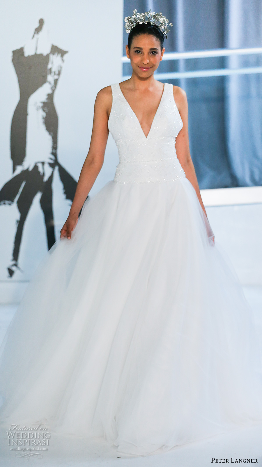 peter langner spring 2018 bridal sleeveless v neck heavily embellished bodice simple tulle skirt romantic a  line wedding dress open square back chapel train (10) mv