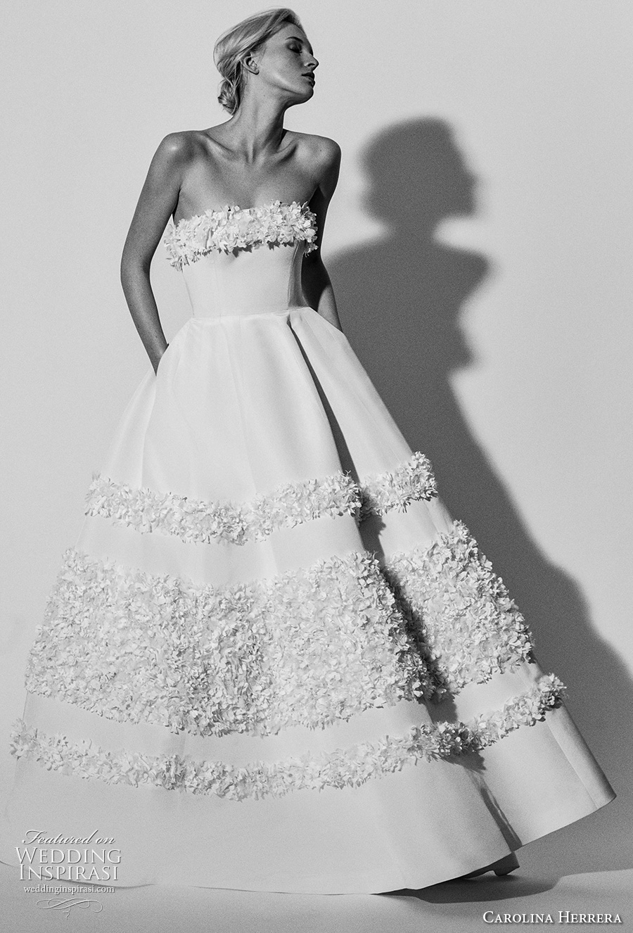 carolina herrera spring 2018 bridal strapless straight across neckling simple romantic ball gown a  line wedding dress with pockets (03) mv
