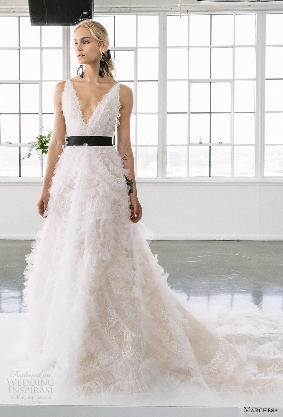 marchesa spring 2018 bridal sleeveless deep v neck full embellishment romantic a  line wedding dress open v back chapel train (S1) mv