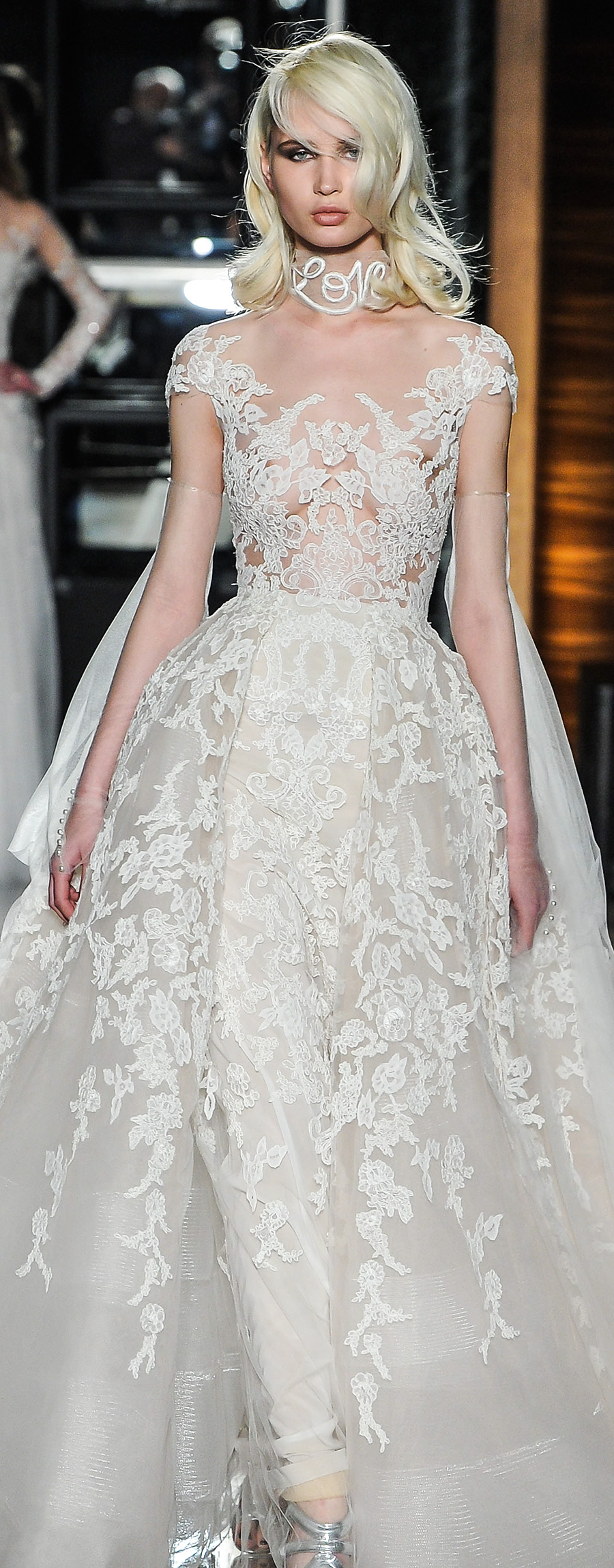Reem acra spring 2018 wedding dresses new york bridal for Reem acra lace wedding dress