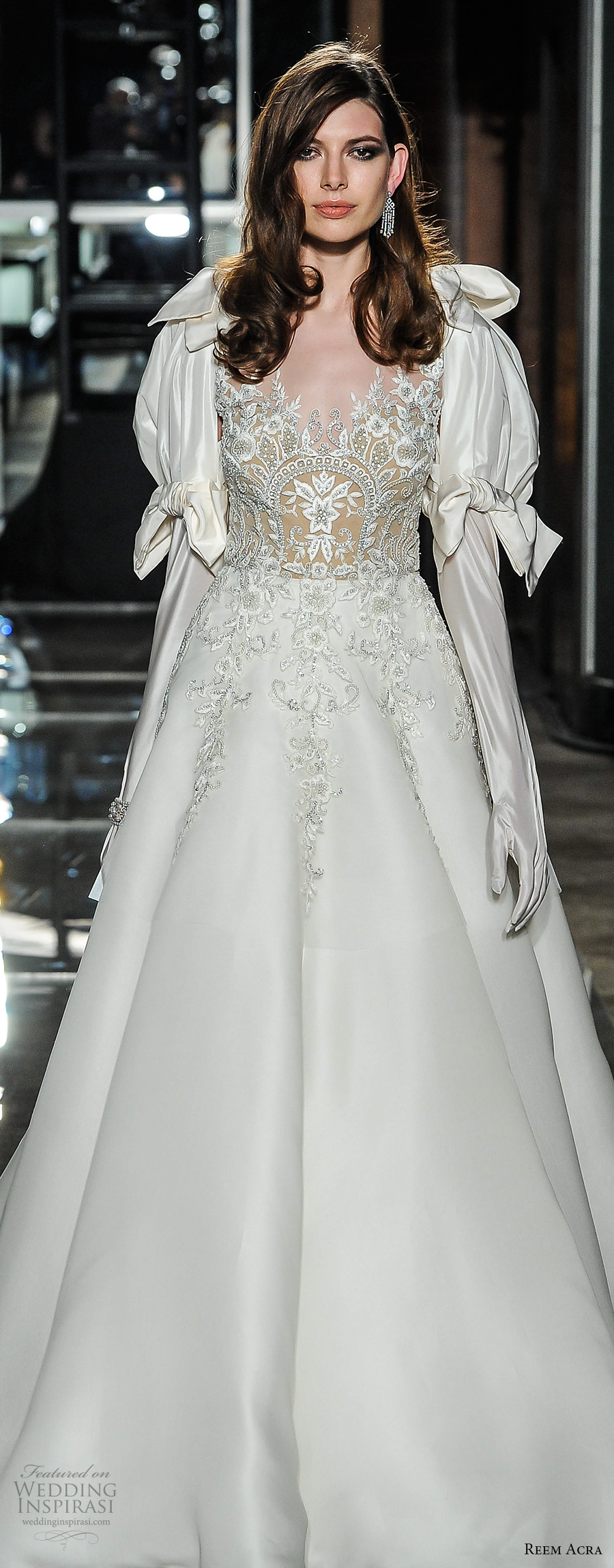 reem acra spring 2018 bridal puff long sleeves sweetheart neckline heavily embellished bodice victorian vintage a  line wedding dress long train (08) mv zv