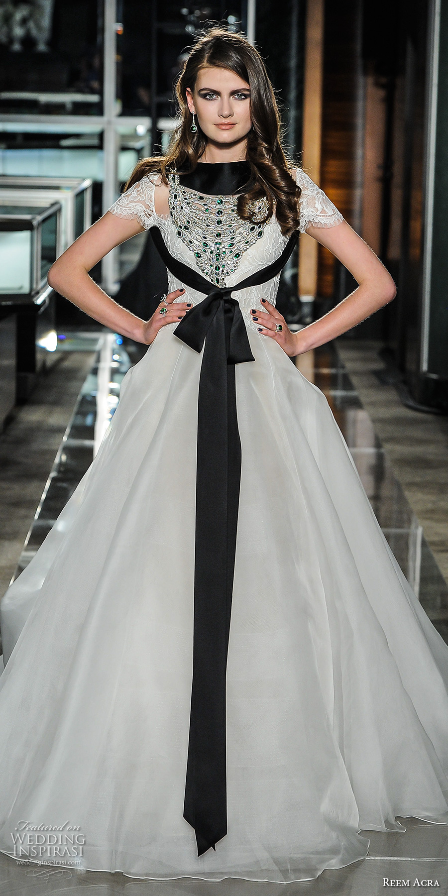 reem acra spring 2018 bridal short sleeves sweetheart neckline heavily embellishedbodice tulle skirt romantic a  line wedding dress chapel train (02) mv