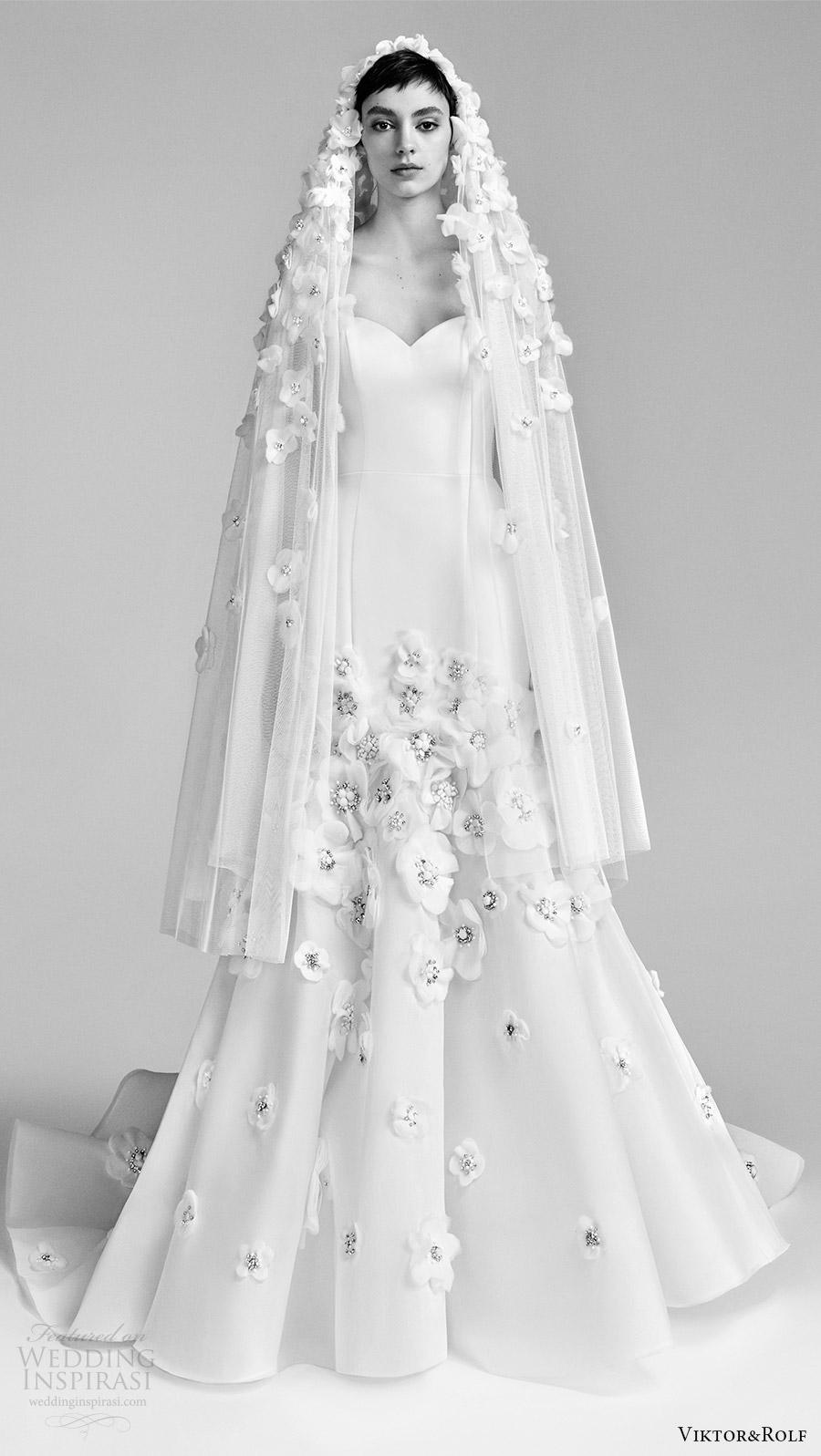 viktor and rolf spring 2018 bridal strapless sweetheart flower embellished skirt fit flare mermaid wedding dress (23) mv romantic modern