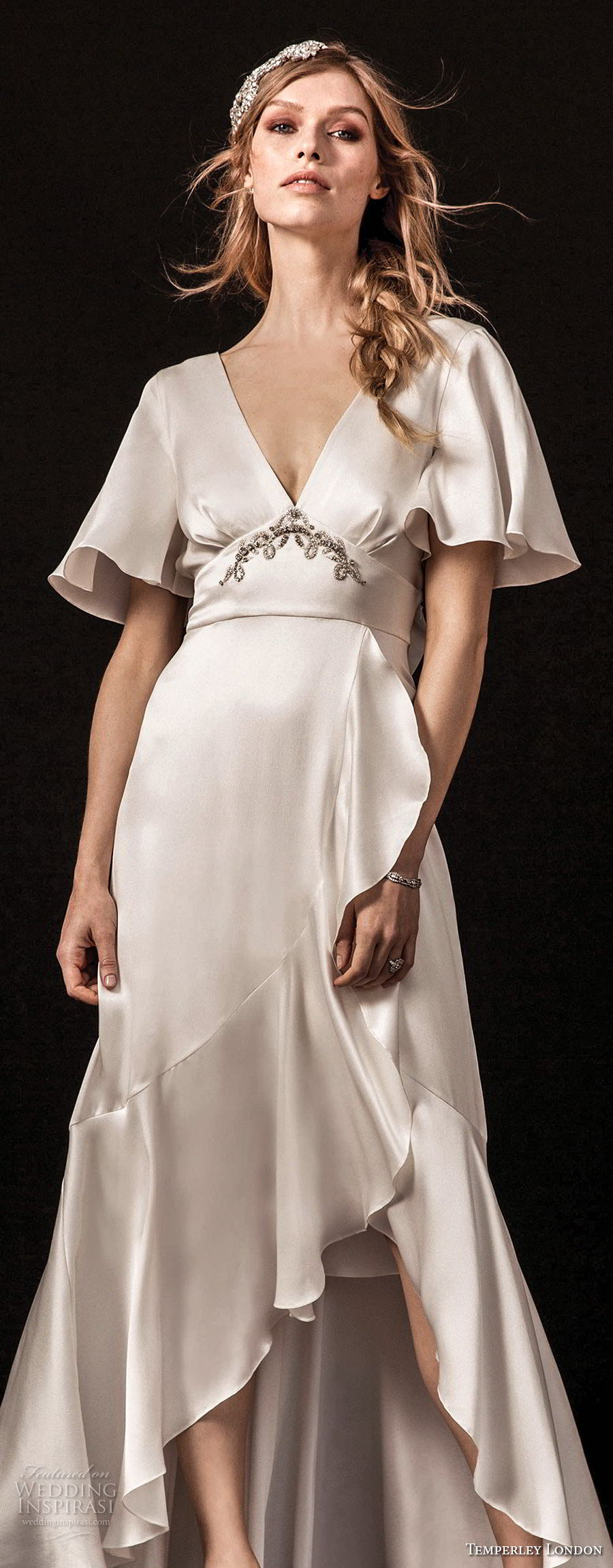 temperley london spring 2018 short bell sleeves deep v neck simple clean retro a  line wedding dress (lydie) zv