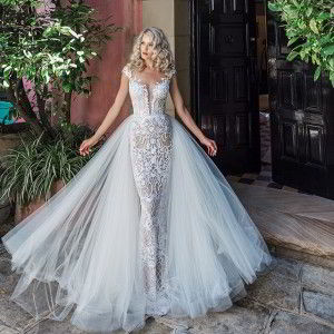 leah da gloria 2017 bridal wedding inspirasi featured wedding dresses gowns collection
