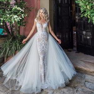 leah da gloria 2017 bridal wedding inspirasi featured wedding dresses gowns collection
