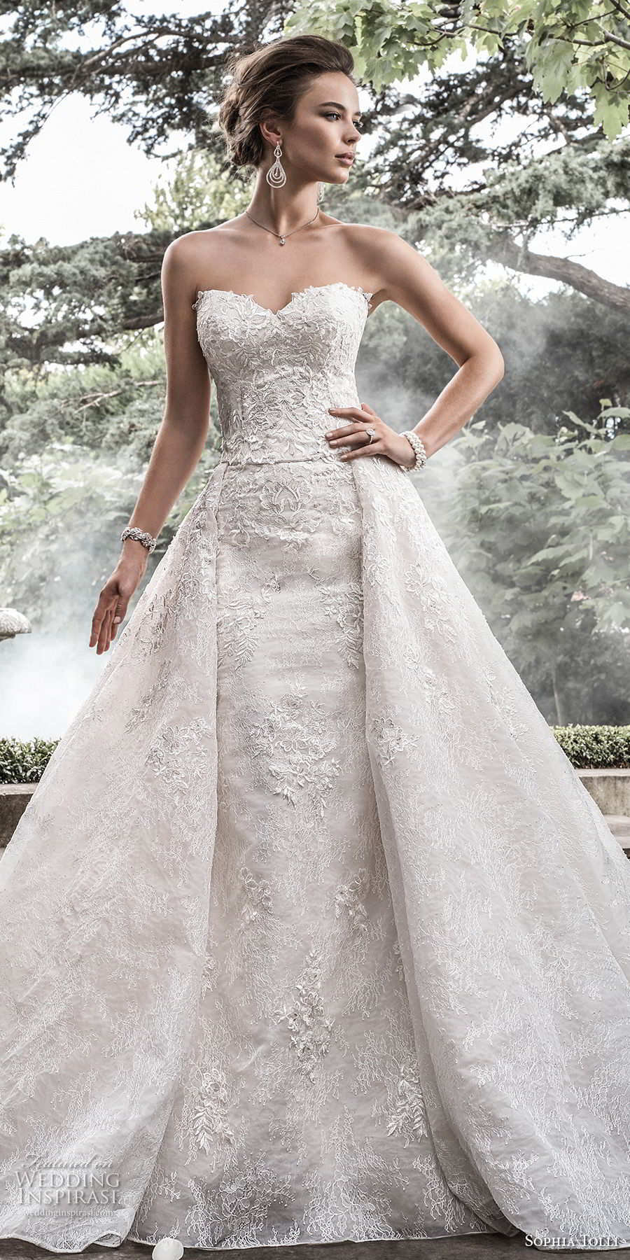 sophia tolli fall 2017 bridal strapless sweetheart neckline full embellisment princess elegant sheath wedding dress a line overskirt royal train (5) lv