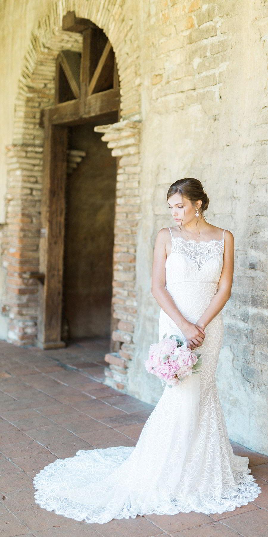 bel aire bridal accessories 6202 flower leaves comb earrings wedding dress train