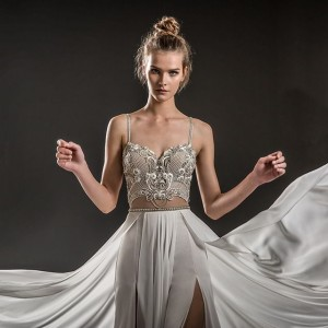 emanuel brides 2018 bridal wedding inspirasi featured gorgeous beautiful wedding gowns dresses collection