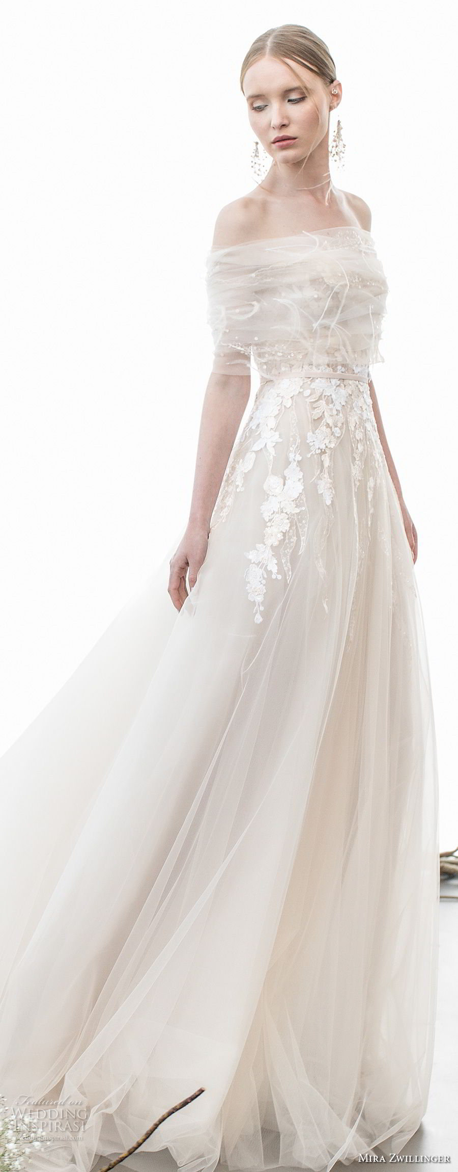 Romantic Look Dresses in Soft Color