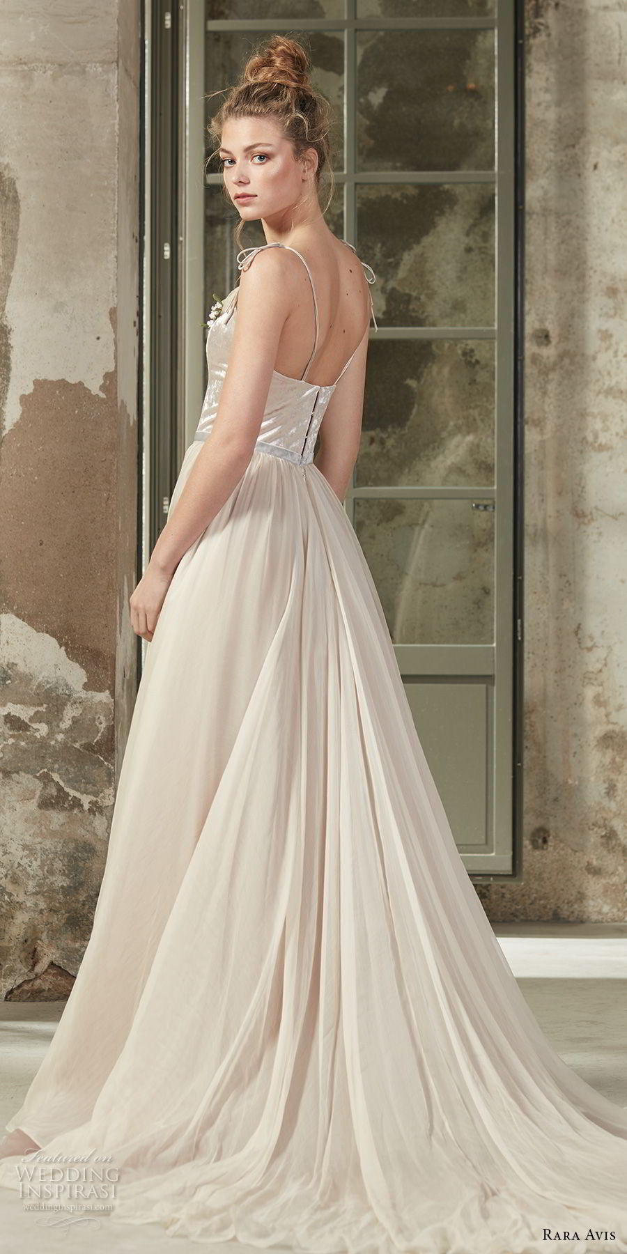 rara avis 2017 bridal sleeveless thin strap sweetheart neckline satin bodice tulle skirt romantic a line wedding dress medium train (20) bv