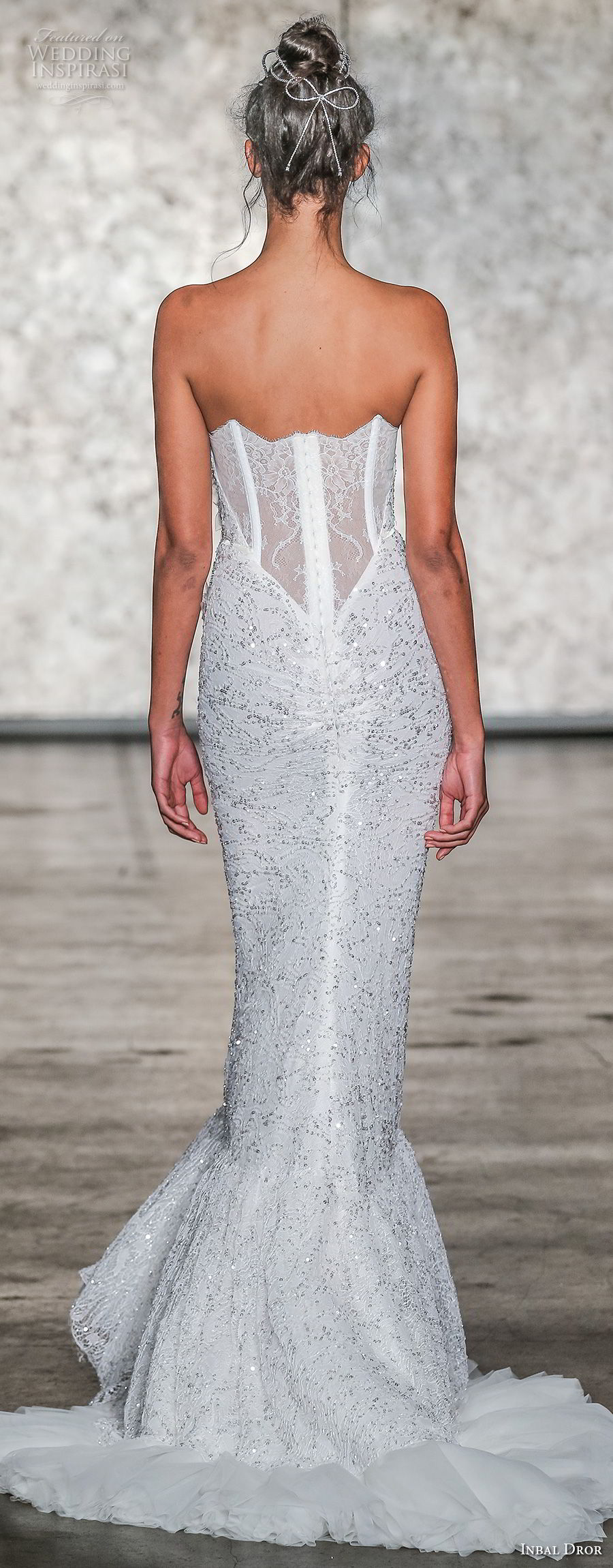 inbal dror fall 2018 bridal strapless sweetheart neckline full embellishment elegant mermaid wedding dress sweep train (23) bv
