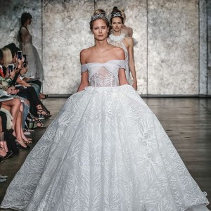 inbal dror fall 2018 bridal wedding inspirasi featured wedding gowns dresses collection